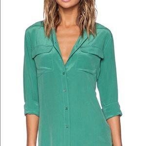 NWT equipment signature slim blouse